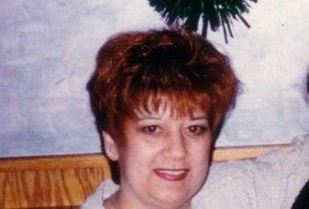 Mme Suzanne Lapointe